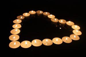 ueberraschung-romantisch-teelichtherz
